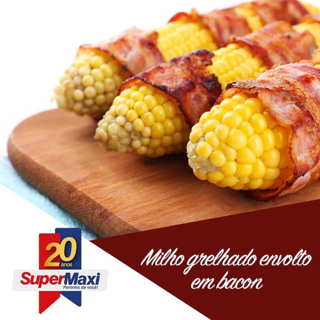 Milho grelhado envolto em bacon